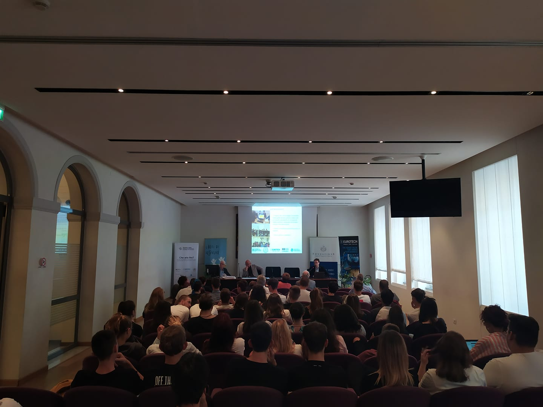Studenti e cittadini a confronto sui danni da inquinamento a Gorizia